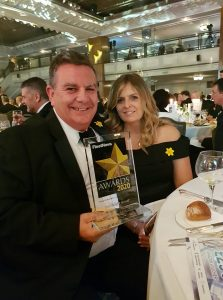 img_1842_steve-and-sue-with-award